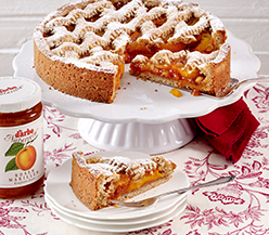 Apricot Linzer cake