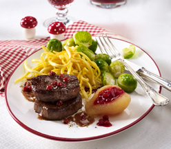 Venison medaillons with lingonberry sauce